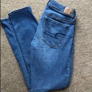 AE medium washed jeans